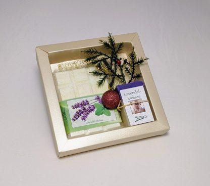 Geschenkset mit Sima' s Badeschokolade Lavendel-Melisse und der Lavendel-Melissen-Seife