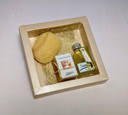 Geschenkset mit Gesichtsseife, Avocadoöl und Luffagesichtsschwamm