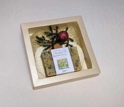 Geschenkset Simadretto mit Rottaler Kräuterwiesenseife und Luffaseifenablage im schönen Geschenkkarton