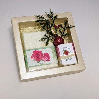 Geschenkset mit Sima's Badeschokolade Rose und der Rosenseife